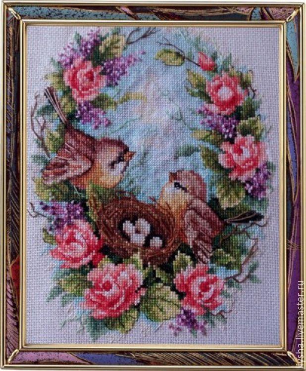 Вышивка крестом птички в гнезде