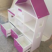 Кукольные домики ручной работы. Ярмарка Мастеров - ручная работа Кукольный домик стеллаж с 3 ящиками. Цвет белый + фиолетовый. Handmade.