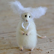 Куклы и игрушки ручной работы. Ярмарка Мастеров - ручная работа Коллекционная игрушка мышь в шапочке с ушками. Handmade.