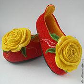 """Обувь ручной работы. Ярмарка Мастеров - ручная работа Валяные тапочки """"Позитивная роза"""" (детские). Handmade."""