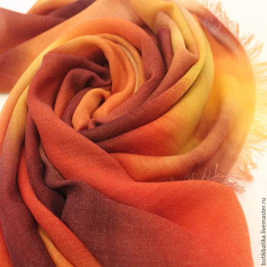 Комплекты аксессуаров ручной работы. Ярмарка Мастеров - ручная работа. Купить Кашемировый платок батик Тепло. Handmade. Оранжевый, теплый
