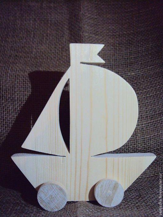 Парусник-каталка, деревянная игрушка ручной работы