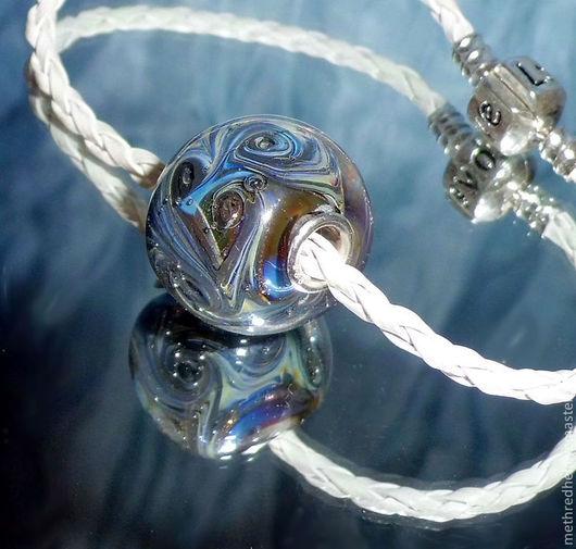 """Для украшений ручной работы. Ярмарка Мастеров - ручная работа. Купить Маленький кулончик-шар в стиле Пандора """"Мелодия ветра"""". Handmade."""