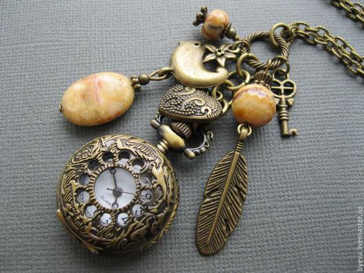 "Часы ручной работы. Ярмарка Мастеров - ручная работа. Купить Часы кулон (медальон, карманные) с агатом ""Желтая птичка"".. Handmade."