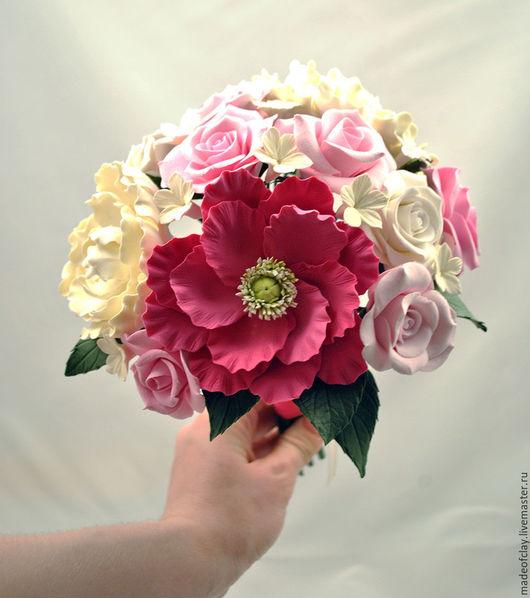 Нежный букет невесты с розами, пионами и стефанотисами. Ручная работа. Полимерная глина Deco.