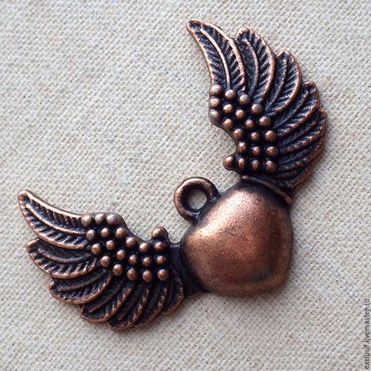 Фурнитура для создания украшений - подвеска для кулона в виде сердца с крыльями, подвеска крылатое сердце. Купить медную подвеску сердце с крыльями. Купить крылатое сердце