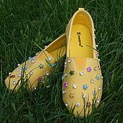 Обувь ручной работы. Ярмарка Мастеров - ручная работа Слипоны с кристаллами и бусинами. Handmade.