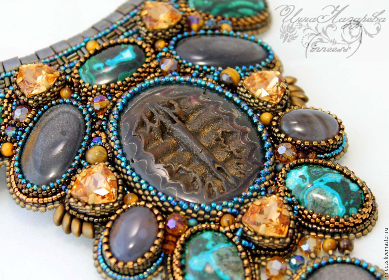 Колье из бисера, кристаллов сваровски и камней `Легенда`. Вышивка бисером, хризоколла, симбирцитовая жеода, шелковый обсидиан, авторская фурнитура