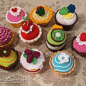 Куклы и игрушки ручной работы. Ярмарка Мастеров - ручная работа Вязаные пирожные. Handmade.