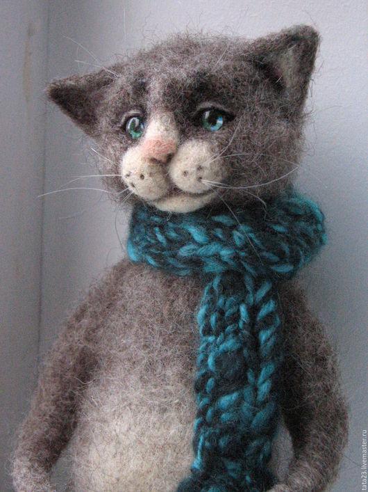Игрушки животные, ручной работы. Ярмарка Мастеров - ручная работа. Купить Игрушка из шерсти.Котик в тёплом шарфе.. Handmade.