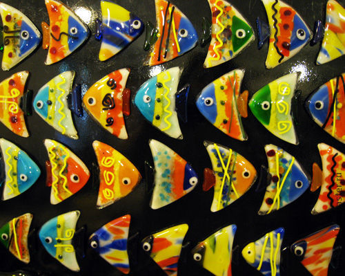 """Магниты ручной работы. Ярмарка Мастеров - ручная работа. Купить Магнит """"Рыбка"""". Стекло. Фьюзинг.. Handmade. Стекло, Фьюзинг"""