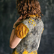 """Одежда ручной работы. Ярмарка Мастеров - ручная работа Жилет валяный """"Gray-saffron, curly"""". Handmade."""