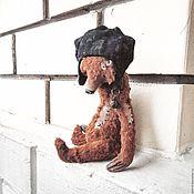 Куклы и игрушки ручной работы. Ярмарка Мастеров - ручная работа 19 см - Монти в шапочке с колокольчиком - мишка тедди. Handmade.