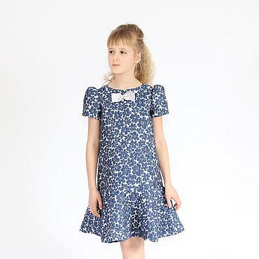 Работы для детей, ручной работы. Ярмарка Мастеров - ручная работа Синее нарядное платье для девочки из жаккарда. Handmade.
