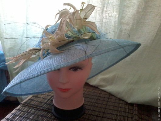 Шляпы ручной работы. Ярмарка Мастеров - ручная работа. Купить Широкополая шляпа. Handmade. Голубой, шелковые цветы, перья натуральные