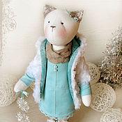 """Куклы и игрушки ручной работы. Ярмарка Мастеров - ручная работа Кошка """"Снежинки спускаются с неба"""". Handmade."""