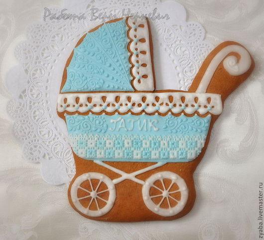Кулинарные сувениры ручной работы. Ярмарка Мастеров - ручная работа. Купить Расписной пряник коляска - оригинальный подарок новорождённому. Handmade.