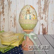 Подарки к праздникам ручной работы. Ярмарка Мастеров - ручная работа Пасхальное яйцо с кроликом и утятами 20см. Handmade.