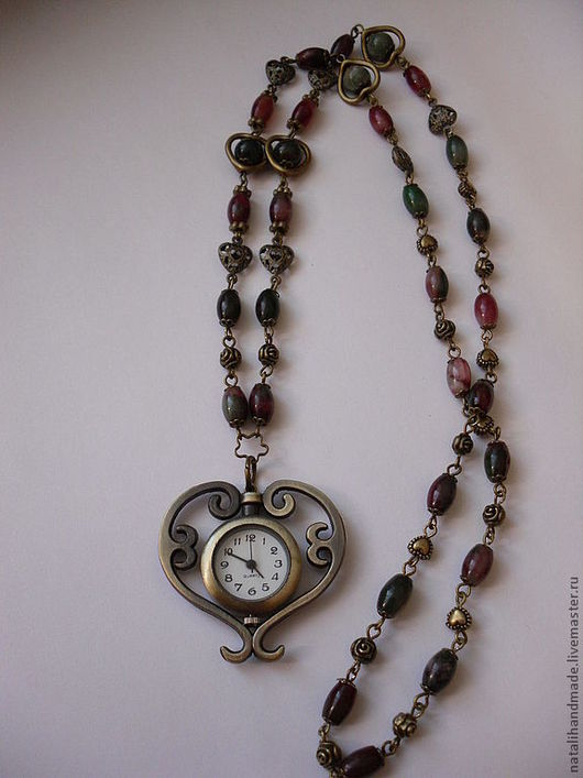 "Кулоны, подвески ручной работы. Ярмарка Мастеров - ручная работа. Купить Часы-кулон ""Лямур"". Handmade. Часы, зелёная яшма"