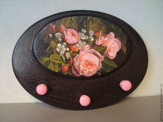 """Часы для дома ручной работы. Ярмарка Мастеров - ручная работа. Купить Вешалка  """"Розы в черном"""". Handmade. Набор часы и вешалка"""