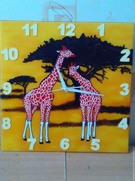 Часы для дома ручной работы. Ярмарка Мастеров - ручная работа. Купить часы настенные Сафари. Handmade. Рыжий, Роспись по стеклу