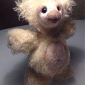 Куклы и игрушки ручной работы. Ярмарка Мастеров - ручная работа Медовый вязаный мишка. Handmade.