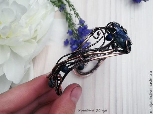 Браслеты ручной работы. Ярмарка Мастеров - ручная работа. Купить Синий медный женский браслет Аzure sky Лазурит белый фон голубой. Handmade.