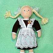 Куклы и игрушки ручной работы. Ярмарка Мастеров - ручная работа текстильная игровая кукла Наташка-первоклашка. Handmade.