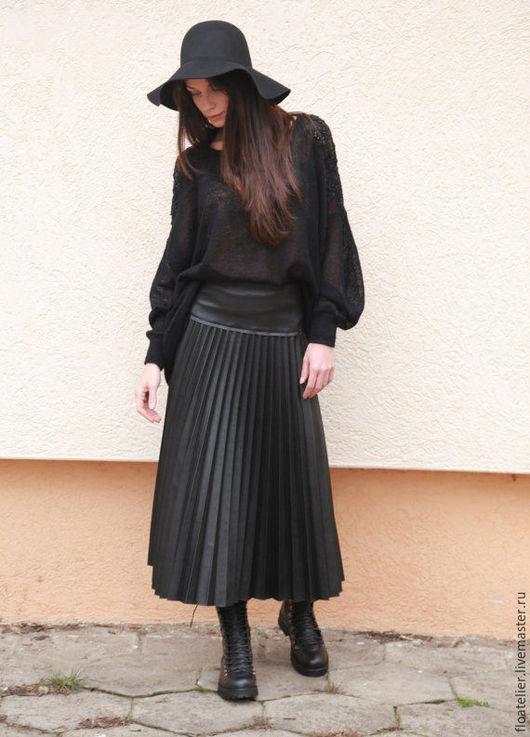 Юбки ручной работы. Ярмарка Мастеров - ручная работа. Купить Черная  юбка/ Экстравагантная кожанaя юбка / F1565. Handmade.
