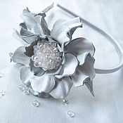 Украшения handmade. Livemaster - original item Jewelry made of leather.Headband with white flower SNOW white.. Handmade.