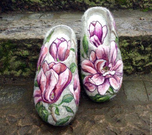 Обувь ручной работы. Ярмарка Мастеров - ручная работа. Купить Тапочки «Магнолия» 40 размер.. Handmade. Серый, шерсть 100%