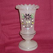 Винтаж handmade. Livemaster - original item OPENWORK VASE is 18,3 cm. MILK glass, Late 19th, early 20th century. Handmade.