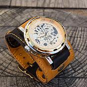 Украшения ручной работы. Ярмарка Мастеров - ручная работа Часы наручные Twice BY, наручные часы на широком кожаном браслете. Handmade.