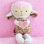 Куклы и игрушки ручной работы. Ярмарка Мастеров - ручная работа Овечка с валентинкой. Handmade.
