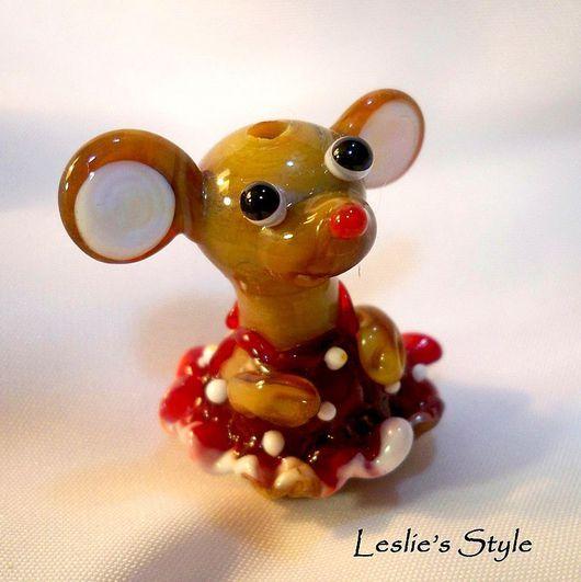 """Персональные подарки ручной работы. Ярмарка Мастеров - ручная работа. Купить Бусина """"Мышка-паинька"""". Handmade. Мышка"""