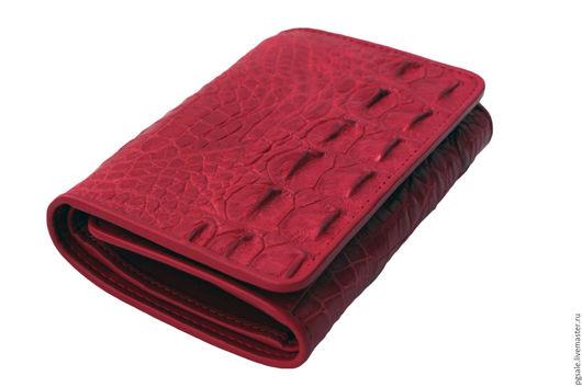 Кошелек из крокодила. Крокодиловый кошелек. Кожа крокодила. Красный кошелек. Женский кошелек. Подарок женщине. Оригинальный подарок. Кошелек в подарок.
