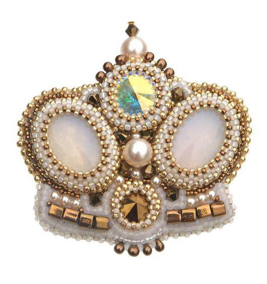 """Броши ручной работы. Ярмарка Мастеров - ручная работа. Купить Брошь """"Королева бала"""", белая с золотом. Handmade. Брошь, парадный"""