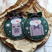 Сувениры и подарки handmade. Livemaster - original item Christmas toys for the Christmas tree New Year`s pendants cross-stitch New Year. Handmade.