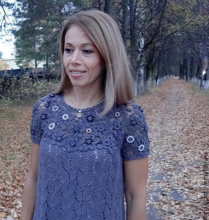 Изящное вязаное кружевное платье
