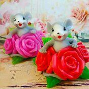 """Мыло ручной работы. Ярмарка Мастеров - ручная работа Сувенирное мыло """"Мышонок в розах"""". Handmade."""