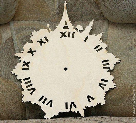 """Заготовка для часов """"Париж"""" имеет размер 31*25 см"""