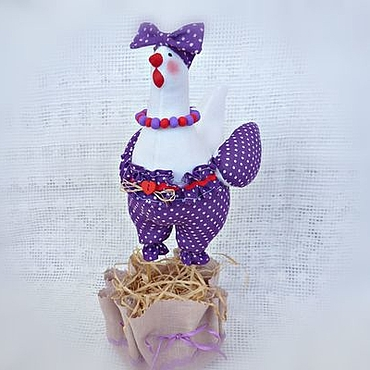 Куклы и игрушки ручной работы. Ярмарка Мастеров - ручная работа Пасхальная курочка в стиле тильда Фиолет в горошек. Handmade.