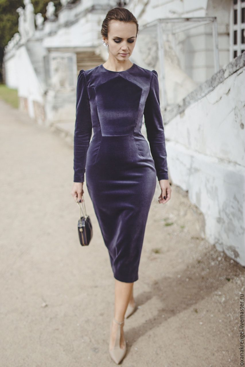Платье футляр бархата