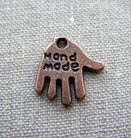 """Для украшений ручной работы. Ярмарка Мастеров - ручная работа. Купить Подвеска в виде ладошки с надписью """"Hand made"""". Handmade."""