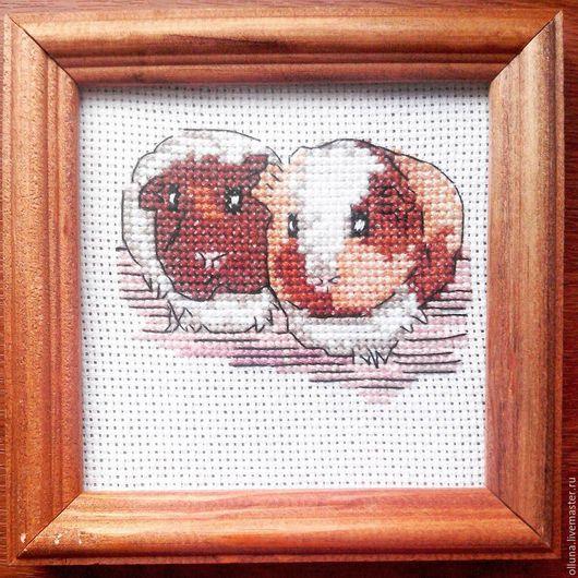 """Животные ручной работы. Ярмарка Мастеров - ручная работа. Купить Картина """"Морские свинки"""". Handmade. Вышивка крестом, животные, канва"""