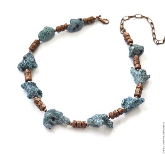 Роскошный натуральный губчатый синий коралл в окружении античной меди. Колье под шею Антик. Ксения Сахарнова. Ярмарка Мастеров.