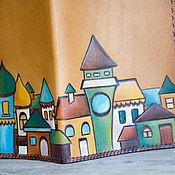 """Канцелярские товары ручной работы. Ярмарка Мастеров - ручная работа Паспортница кожаная """"Солнечный город"""". Handmade."""