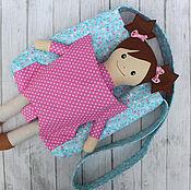 Текстильная игровая кукла. Текстильная кукла с гардеробом одежды.