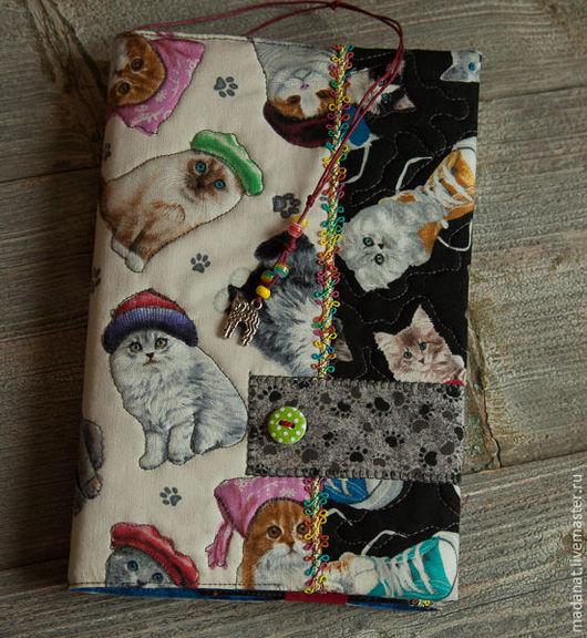 """Обложки ручной работы. Ярмарка Мастеров - ручная работа. Купить Обложка на книгу """"Без кота жизнь не та"""". Handmade."""