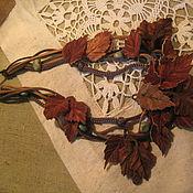 Колье с березовыми листьями(резьба по дереву. кожа)